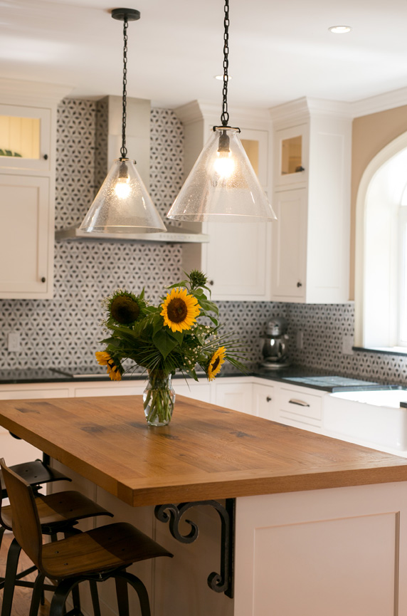 kitchen design tricks repetition